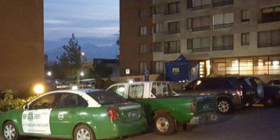 Mujer saltó al vacío junto a su hija desde azotea de edificio en Recoleta