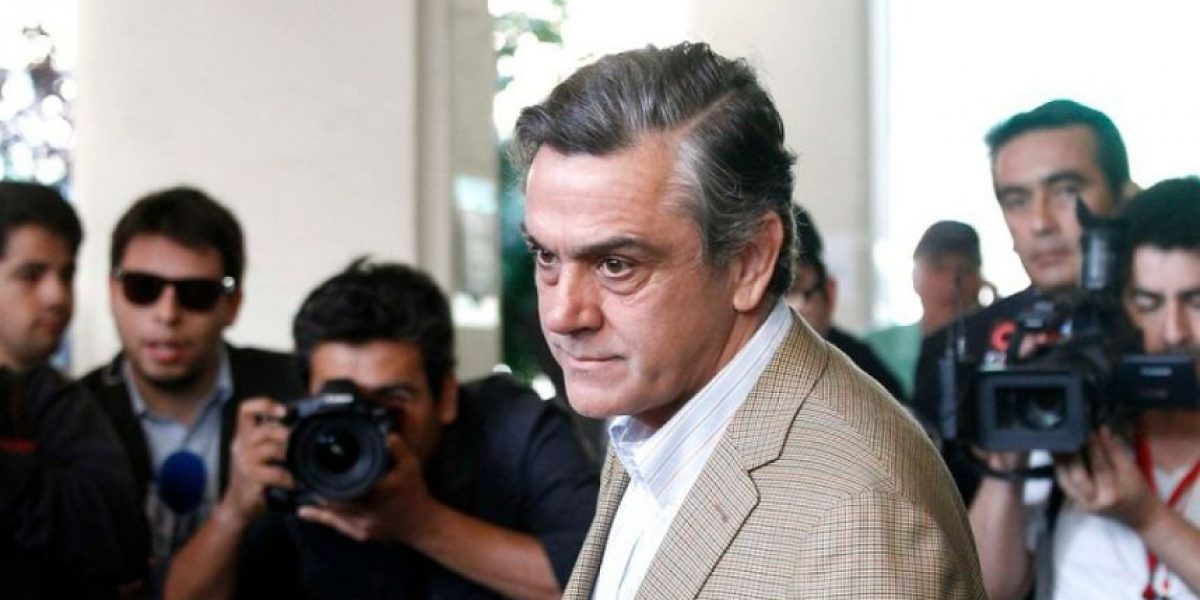 Caso Soquimich: CDE presenta querella contra ex senador Longueira por cohecho