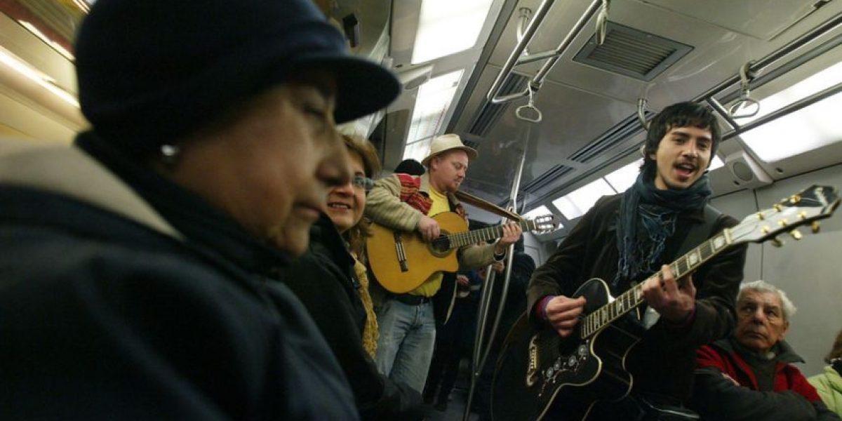Diputado Farías oficiará a Metro para eliminar censura en programa de artistas callejeros