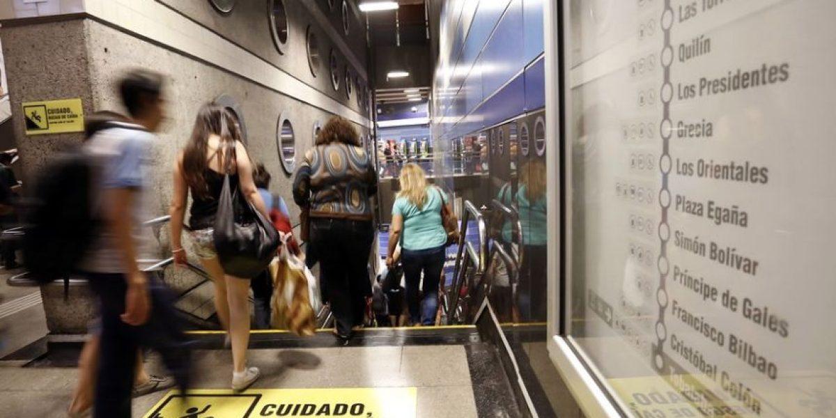 Metro normaliza frecuencia en Línea 4 tras corte de energía