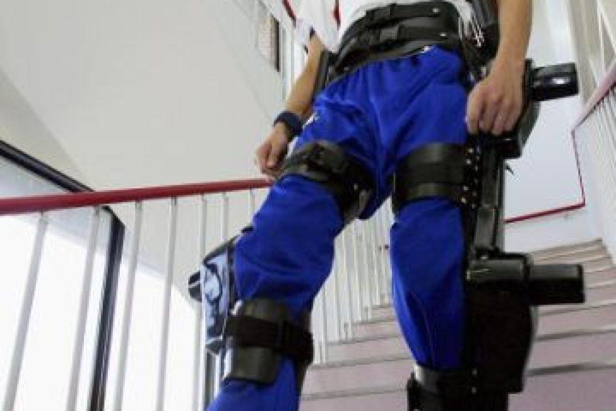 Usualmente son diseñados para permitir caminar o aumentar la fuerza y resistencia a las personas con desordenes de movilidad. Foto:Getty Images. Imagen Por: