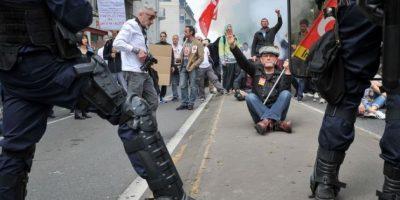 Duros enfrentamientos en París en la marcha por la reforma laboral