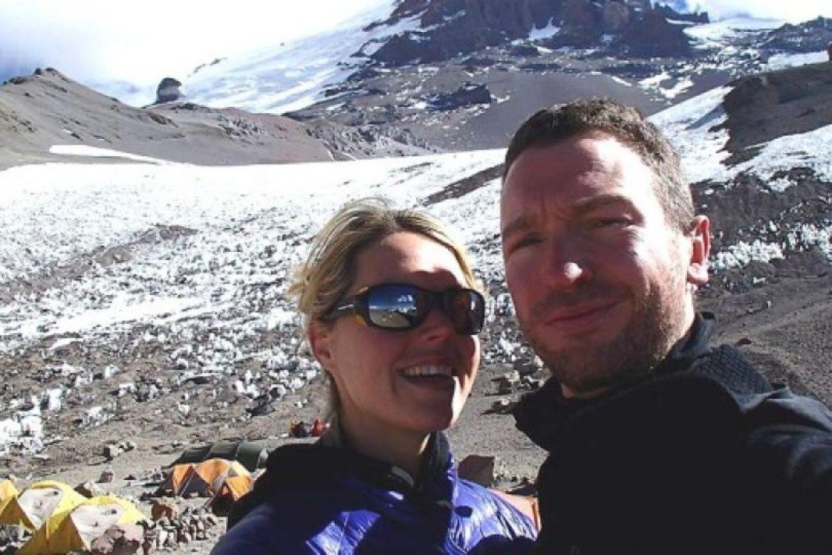 Murió frente a su esposo al llegar al Monte Everest Foto: Facebook/marisa.strydom.10. Imagen Por: