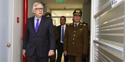 Burgos e incidentes en marcha no autorizada: Carabineros actuó
