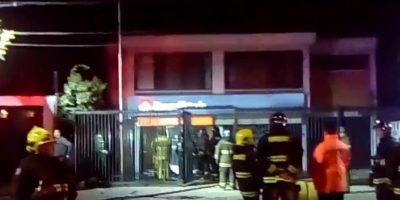 Investigan explosión al interior de sucursal bancaria en San Bernardo