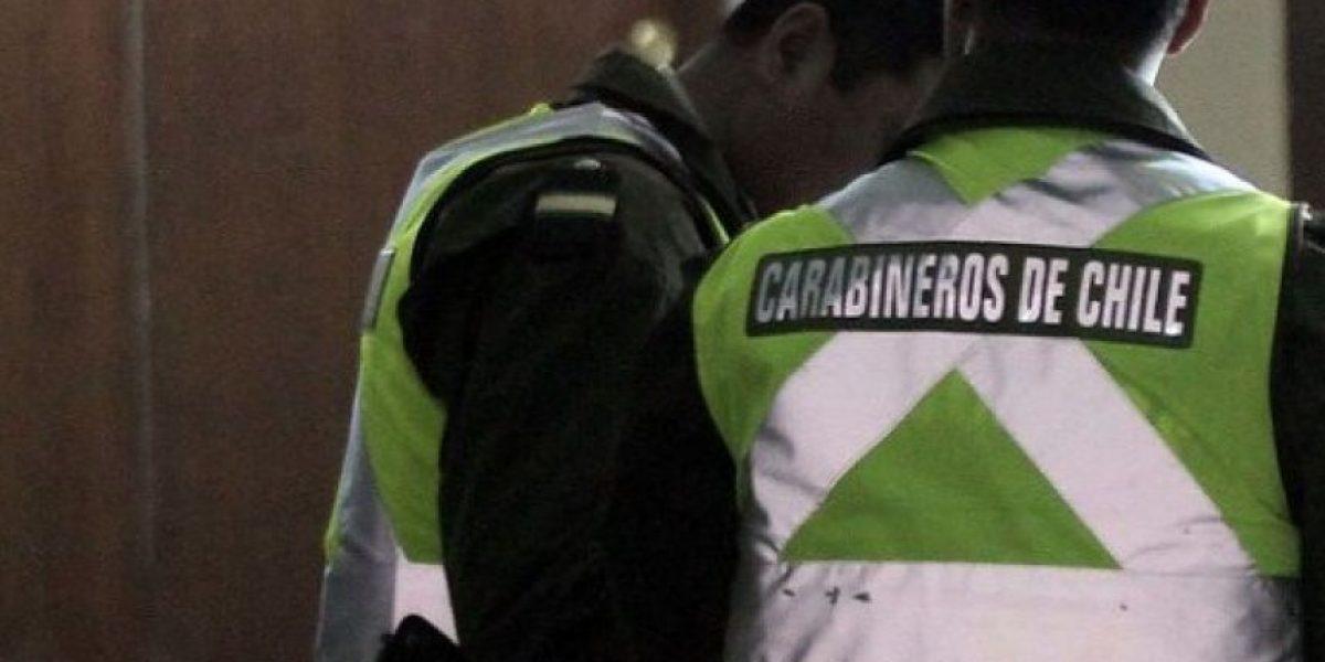 Dos cabos de Carabineros detenidos por asaltar a una mujer en Maipú
