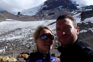 La alpinista murió frente a su esposo el mal de altura Foto:Facebook/marisa.strydom.10. Imagen Por: