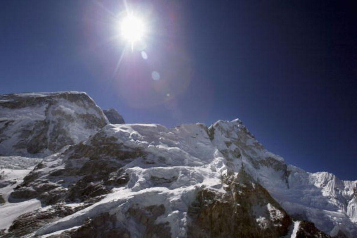 """En Nepal es llamada Sagarmāthā (""""La frente del cielo"""") Foto:Getty Images. Imagen Por:"""