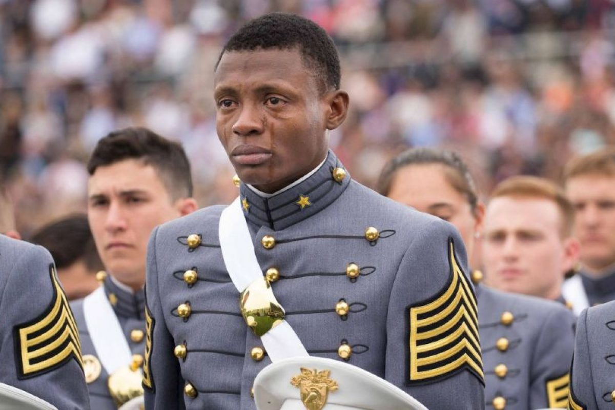 Alix Schoelcher Idrache lloró durante la graduación de la Academia Militar de West Point, en Nueva York. Foto: West Point – The U.S. Military Academy. Imagen Por:
