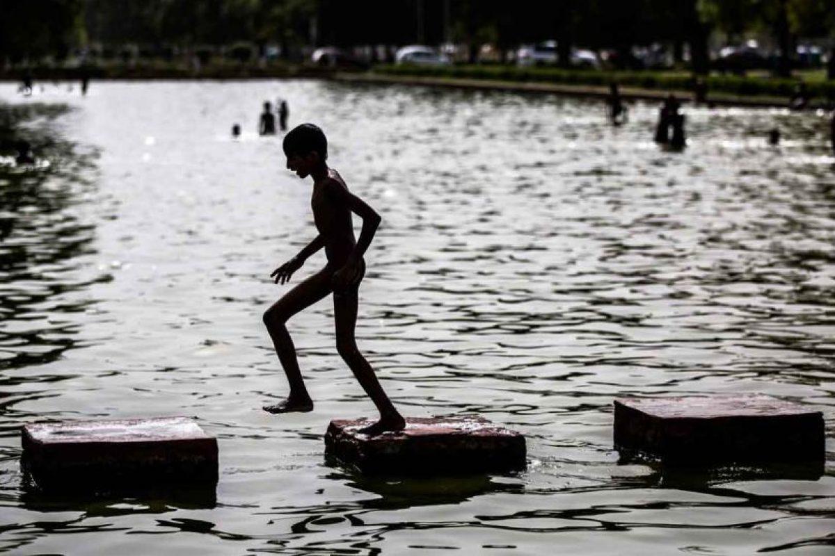 Sin embargo, doctores aconsejan no salir ya que hay riesgo de no sobrevivir al calor Foto:Getty Images. Imagen Por: