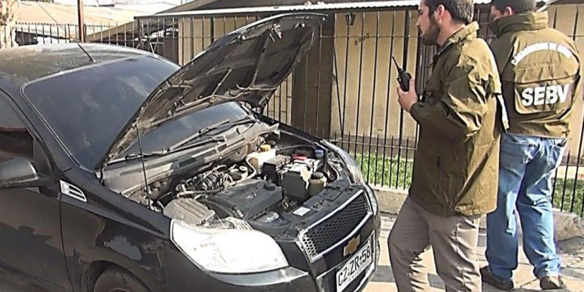 Carabineros desarticuló banda que robaba y desarmaba vehículos en La Cisterna