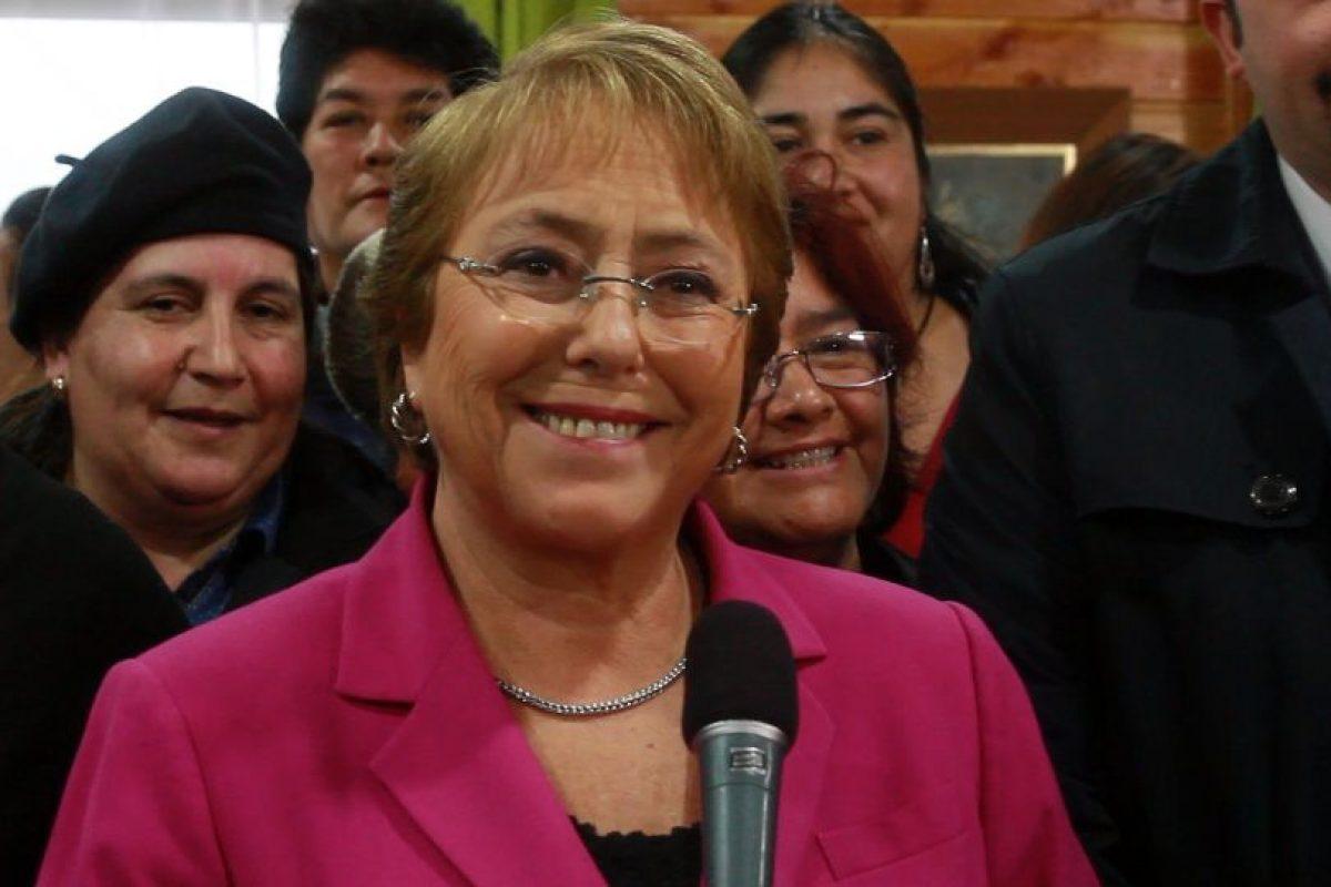 COYHAIQUE Michelle Bachelet participa diálogo con mujeres Foto:Agencia Uno. Imagen Por: