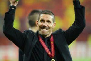 23 de diciembre de 2011: Se hace oficial su fichaje por el Atlético de Madrid. Foto:Getty Images. Imagen Por: