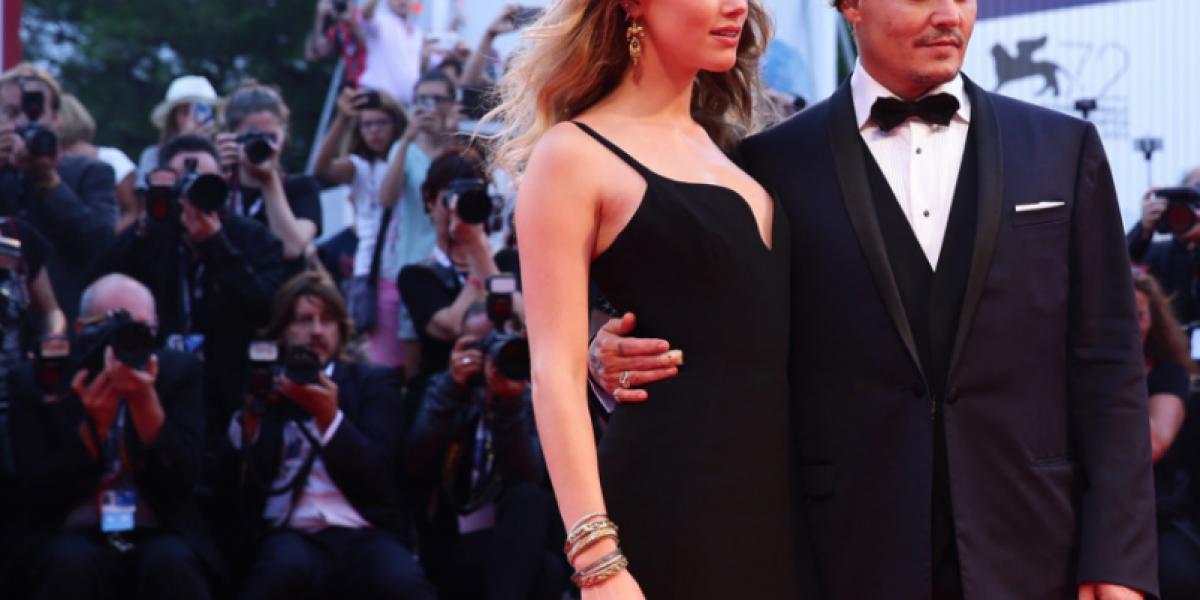 Aparece foto de Amber Heard sonriente tras ataque de Johnny Depp