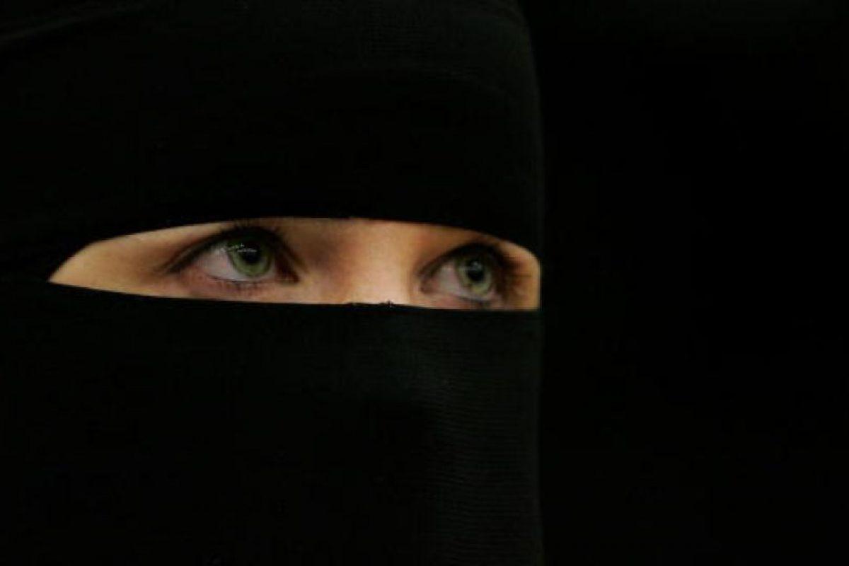 El grupo terrorista continúa dañando a las mujeres que retiene como esclavas. Foto:Getty Images. Imagen Por: