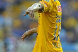 Nació futbolísticamente en Tigres, y ha jugado para Leviadakos y Olympiacos de Grecia. Foto:Getty Images. Imagen Por: