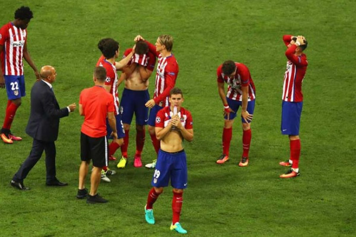 Pero del lado del Atlético… todo era dolor. Foto:Getty Images. Imagen Por: