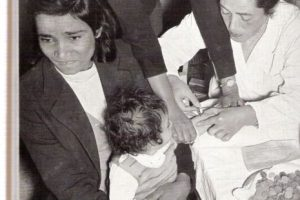 """6.Polio. Presidentes como Franklin D. Roosevelt la padecieron. Pero se reportan casos recientes en Afganistan, Nigeria India y Pakistan. En Nigeria, en 2003, no se querían vacunar creyendo que les traería """"infertilidad"""" Foto:vía Wikipedia. Imagen Por:"""
