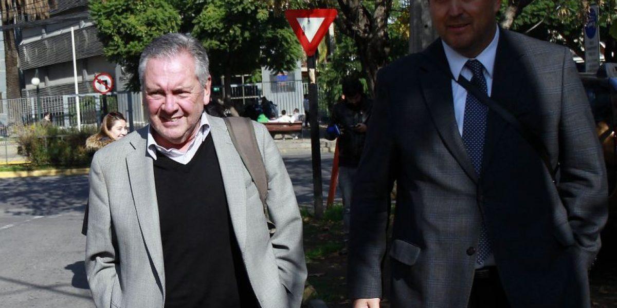 Caso Basura: ex alcalde Sabat declara por cuatro horas ante la fiscalía