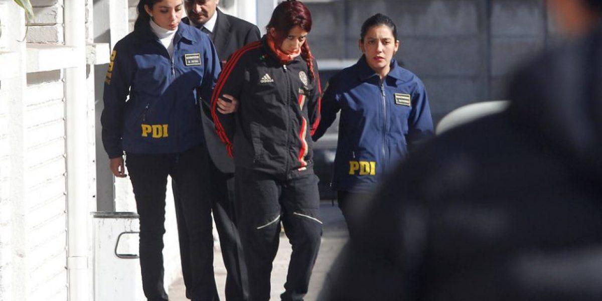 Arrestan a polola de la joven asesinada a puñaladas en Santiago Centro