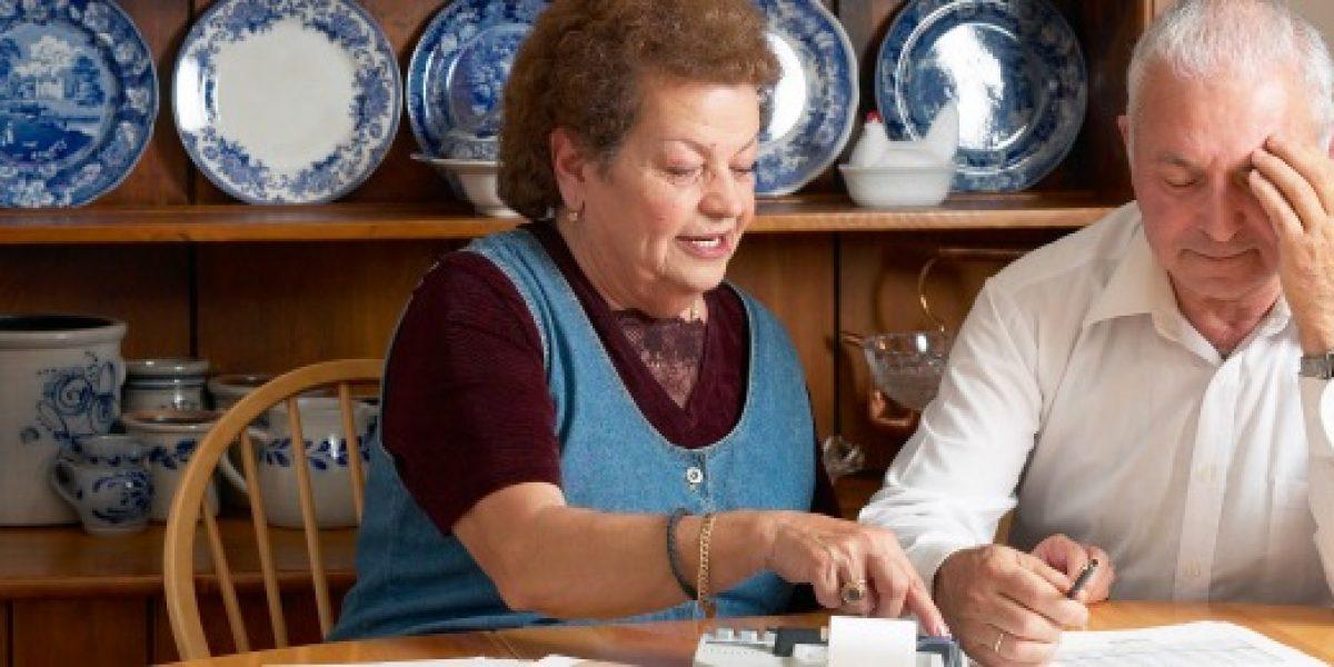 Bancada DC pide al Gobierno intervenir para evitar nueva disminución en pensiones