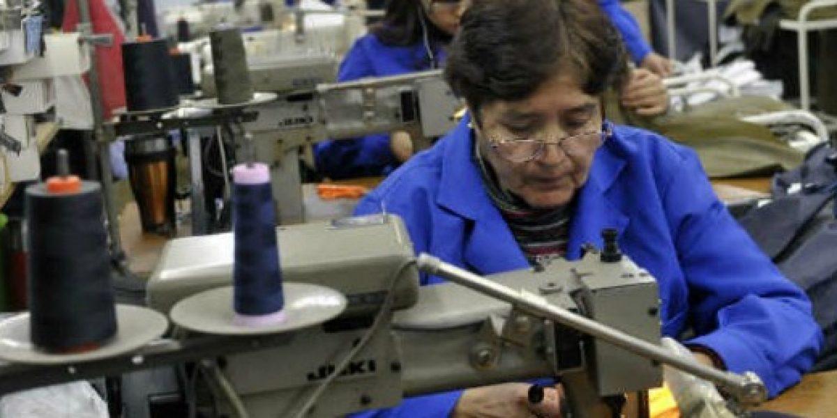 Menos del 50% de las mujeres participó en la fuerza laboral durante 2015