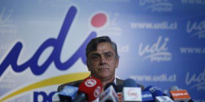 Denuncian robo en oficina de ex ministro Pablo Longueira en Providencia