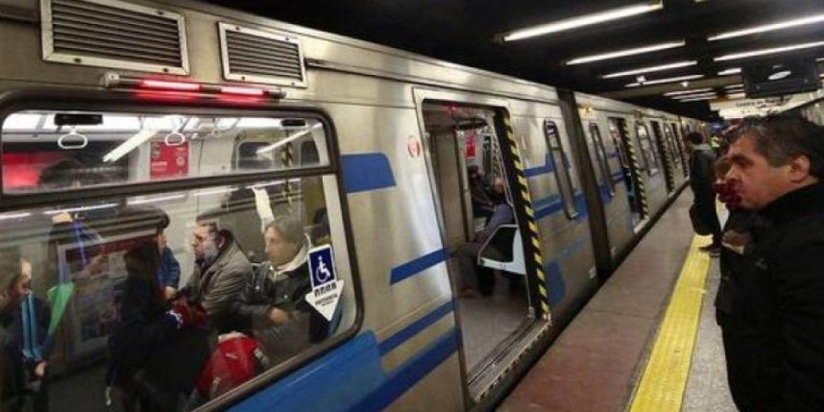Restablecen servicio en estaciones de Línea 2 del Metro