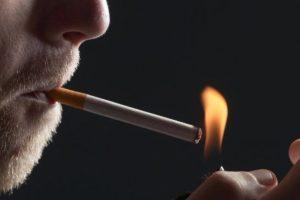 La edad promedio de las personas que fuman su primer cigarillo es: 16 años Foto:Pixabay. Imagen Por: