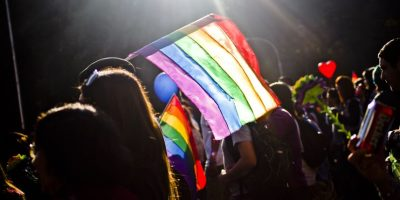 Sename declara por primera vez  idonea para adoptar a una pareja lésbica