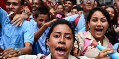 """OEA adopta declaración en apoyo al """"diálogo abierto"""" en Venezuela"""