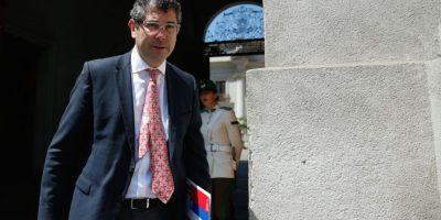La Araucanía: desmienten que vehículo del intendente Jouannet sea blindado