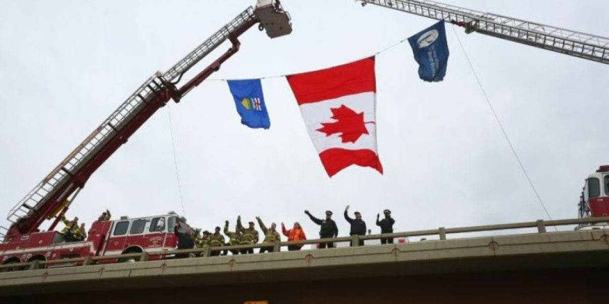 Canadá: Miles de habitantes de Fort McMurray regresan a sus hogares tras el incendio