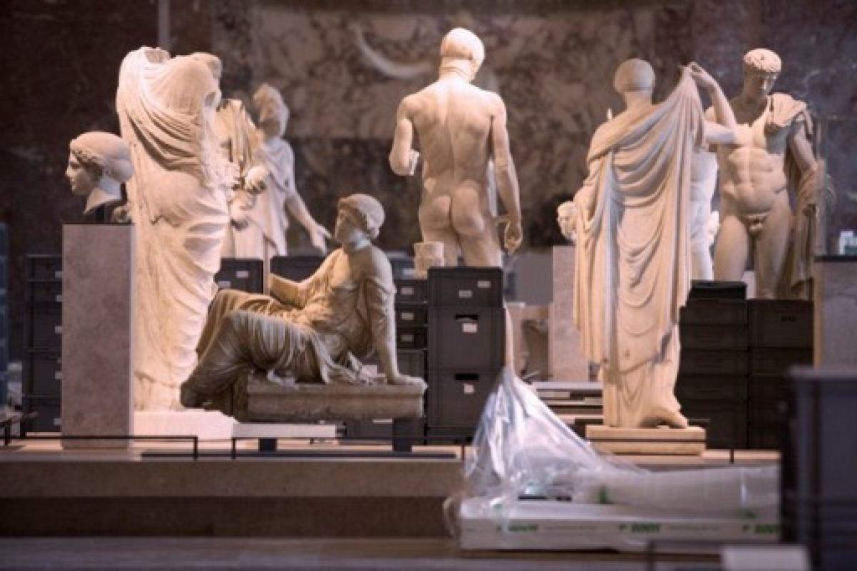 El Museo de Louvre está retirando obras de arte de las áreas donde corren peligro. Foto:AFP. Imagen Por: