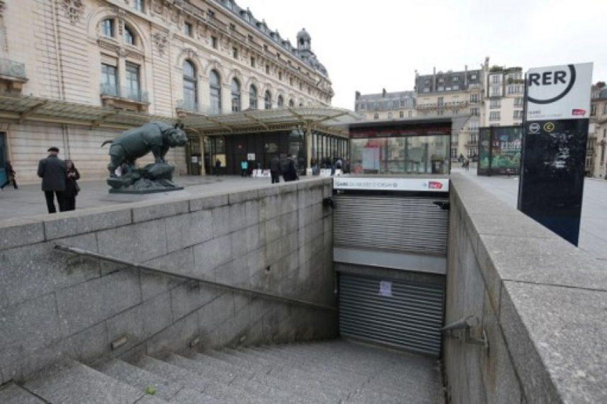 Algunas estaciones del Metro de París suspendieron sus servicios. Foto:AFP. Imagen Por: