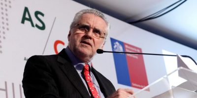 Diputados acudirán a la Contraloría por eventual conflicto de interés del ministro de Energía