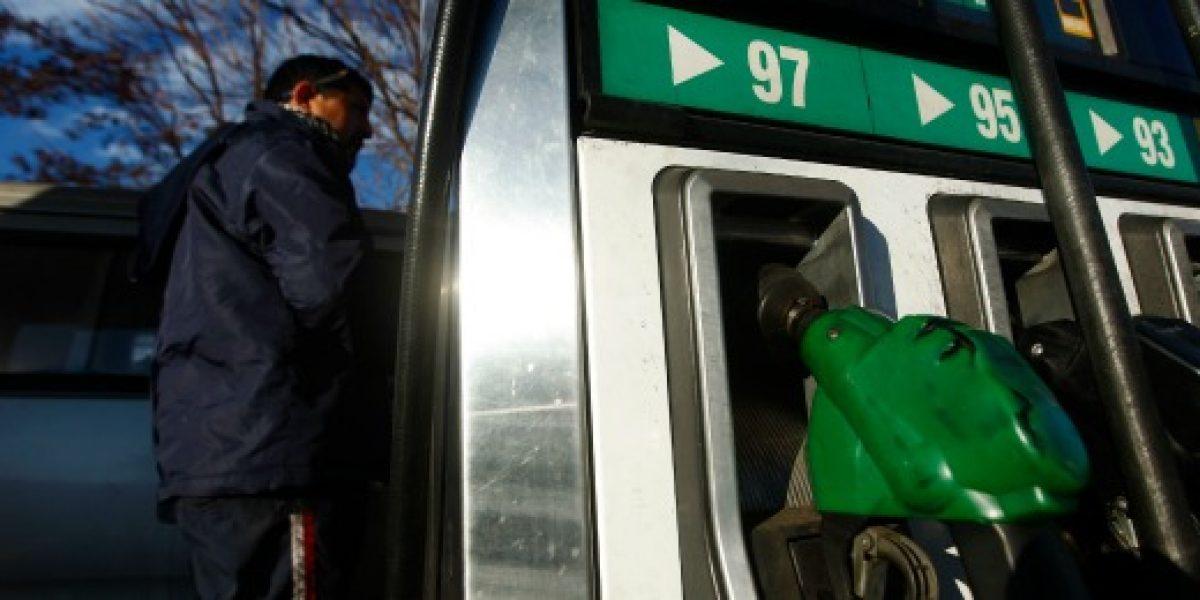 Precio de las bencinas registraría nuevo incremento el jueves