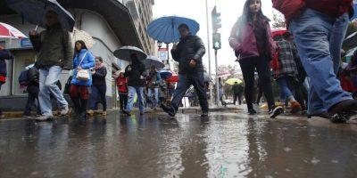 Sistema frontal: 942 personas aisladas y una vivienda destruida dejan lluvias en la zona central