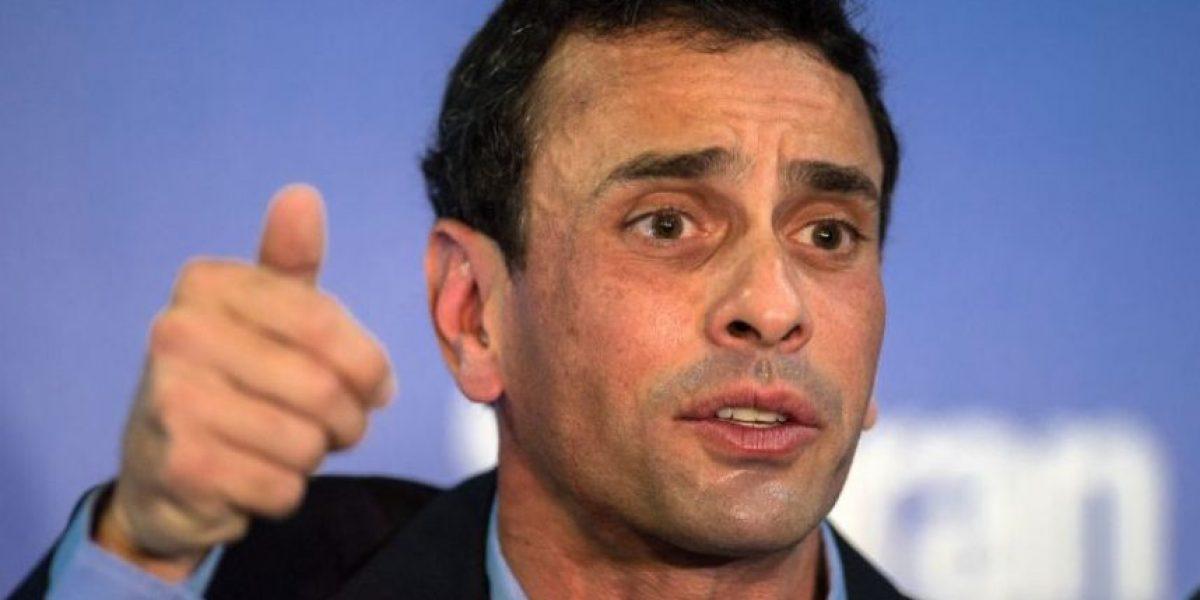 Capriles critica a Maduro por estar