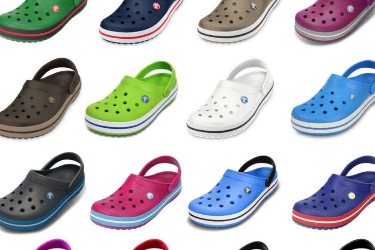 El primer modelo producido por Crocs, Crocs Beach, salió a la luz en 2002 Foto:Vía Twitter. Imagen Por: