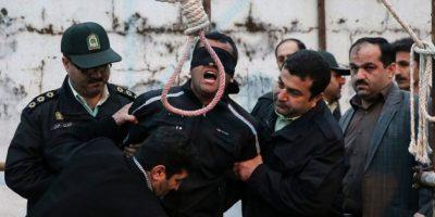Irán: ahorcan a joven de 21 años que violó a decenas de mujeres