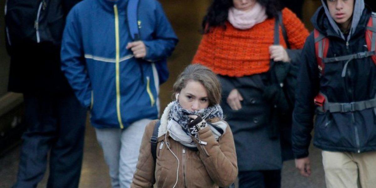 Temperatura mínima fue de 2,5 grados en Santiago: mañana sería bajo cero