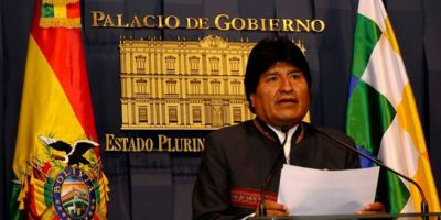 Evo Morales acusa por Twitter a Chile de