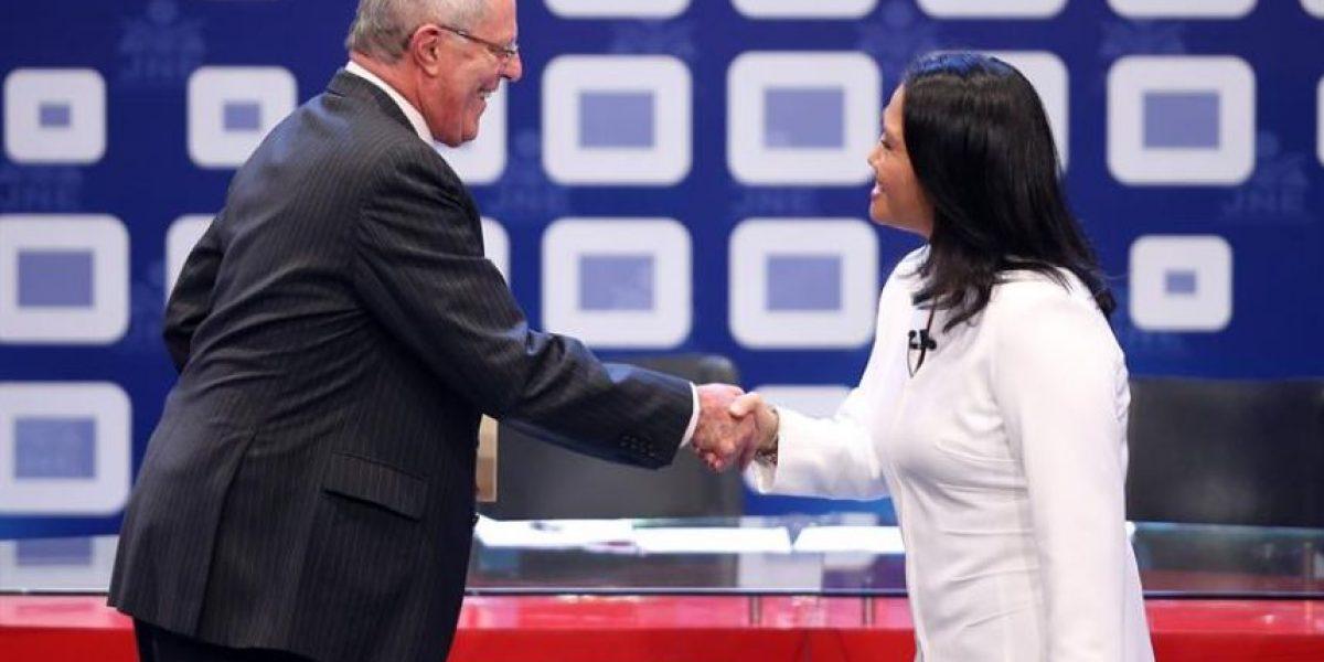 Fujimori y Kuczynski llegan empatados a duelo final por presidencia de Perú