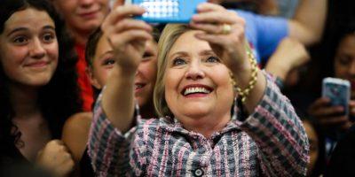 Clinton gana primaria demócrata de Puerto Rico y se acerca a investidura