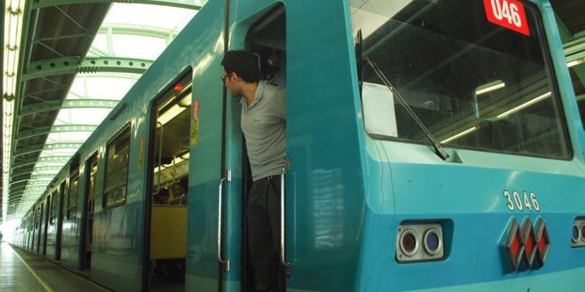 Diputado solicita a Contraloría que investigue licitación en Metro