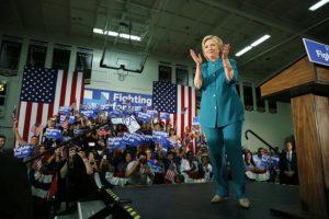 Por su parte, Clinton quiere asegurar su nominación. Foto:AP. Imagen Por: