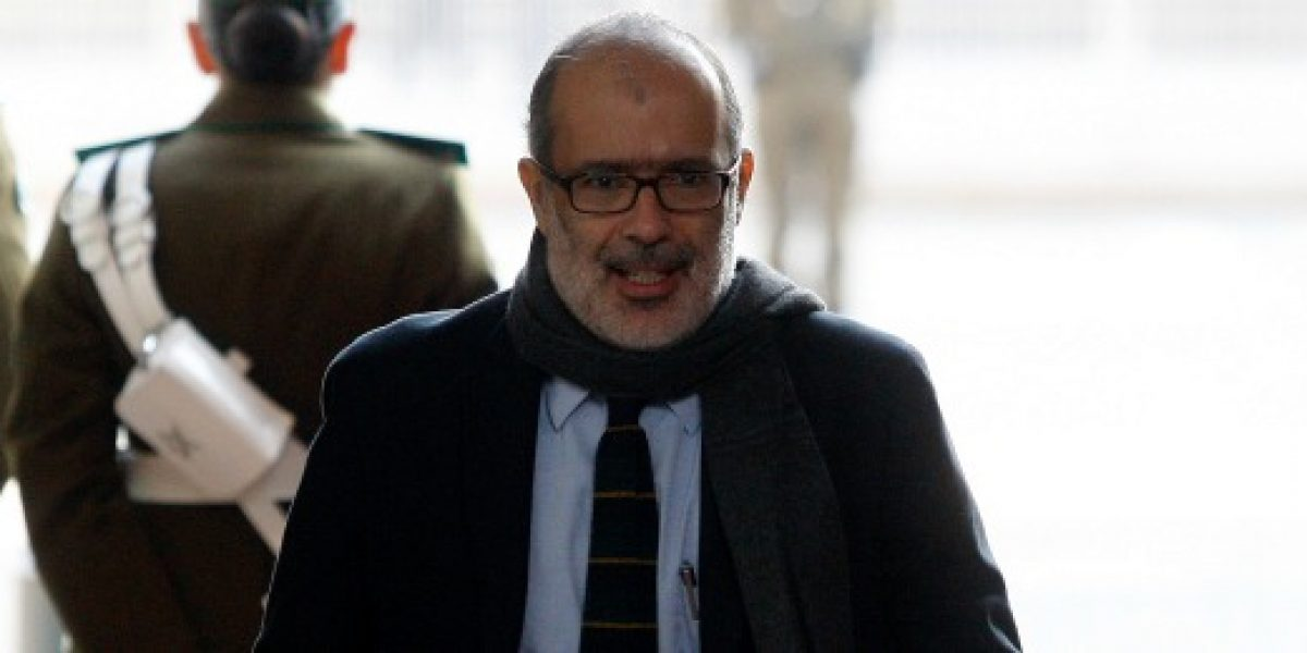 Según ministro Valdés, Imacec de mayo se perfila más positivo que el de abril