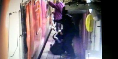 Detuvieron a siete personas por rayar carros del Metro en estación La Cisterna