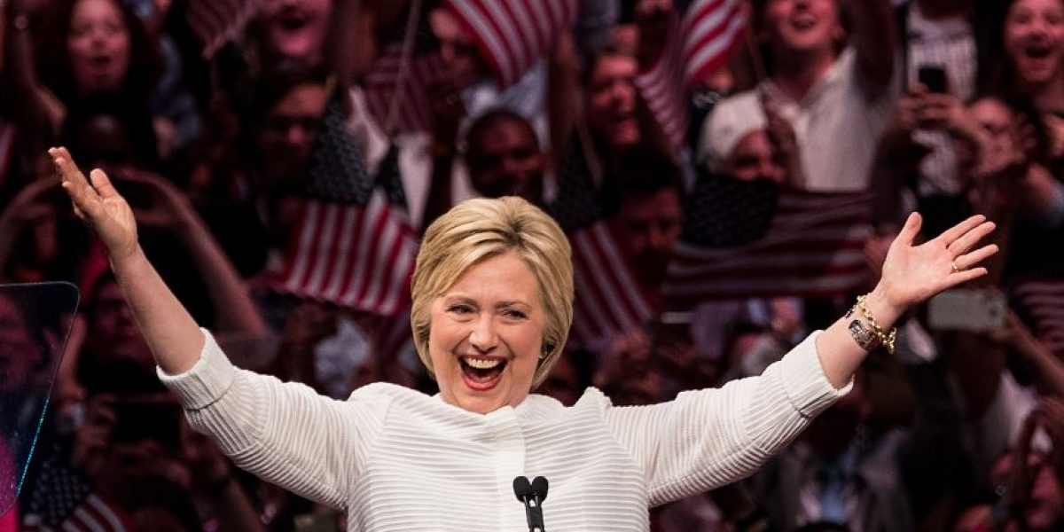 Hillary Clinton logra superar el umbral de delegados y se enfrentará a Trump por llegar a la Casa Blanca